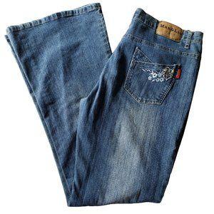 MAX & LIU Med Wash Flared Embellished Jeans 32